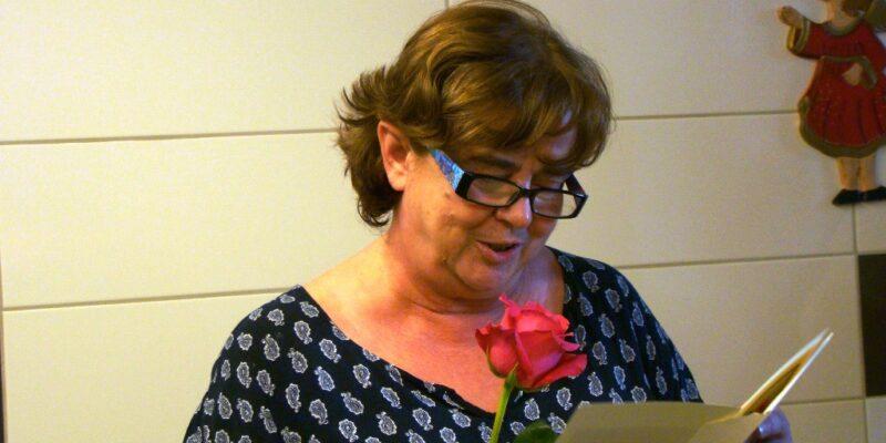 Dyrektor Joanna czyta życzenia